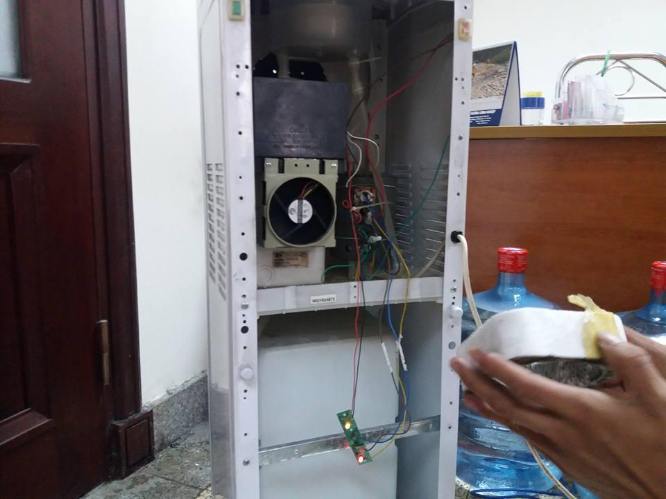 sửa cây nước nóng lạnh tại định công